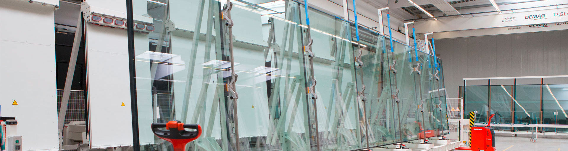 Insulating laminated glass production and manufacturing line